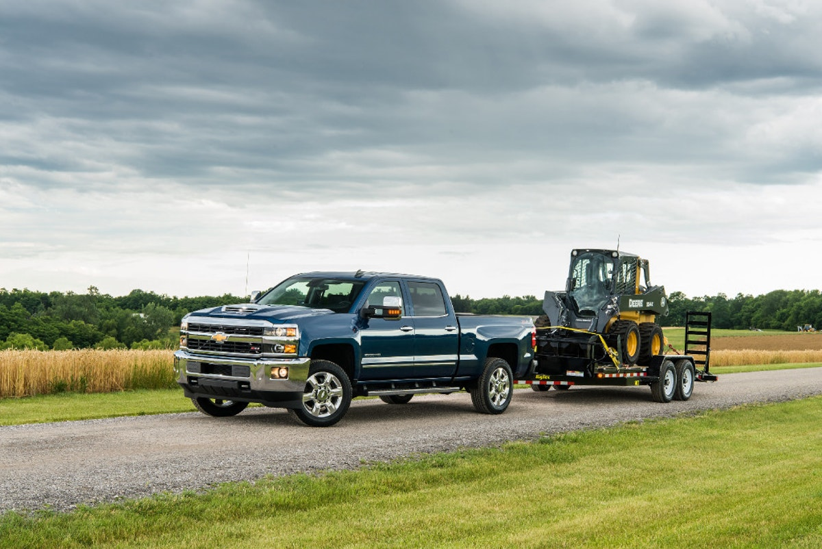 Silverado 2500 can tow 18,100 pounds