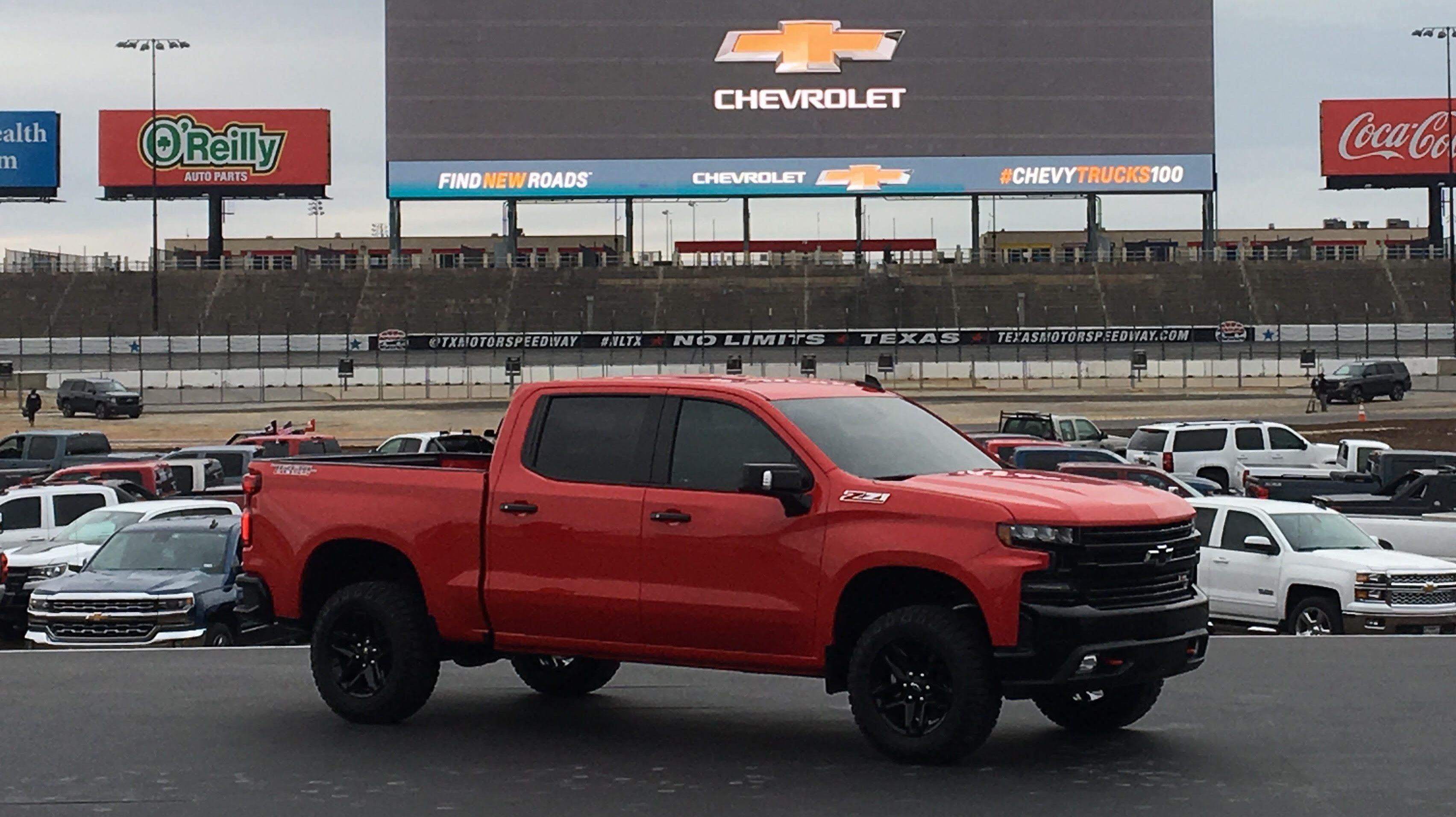 2019 Chevrolet Silverado picture