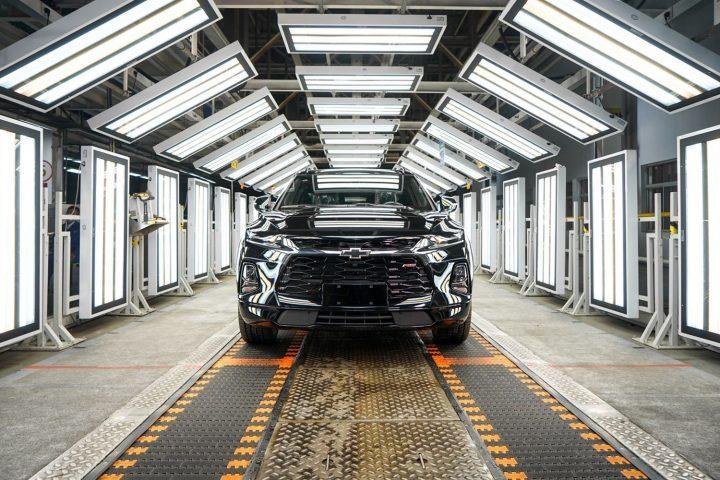 Ron Westphal Chevy blog 2020-Chevrolet-Blazer-three-row-China-in-GM-Jinqiao-plant-720x480