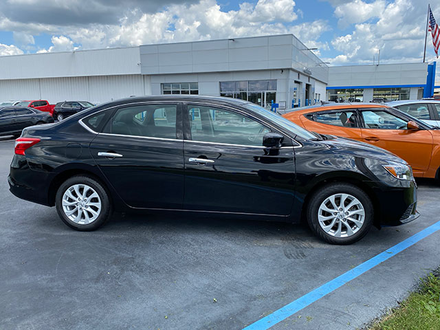 2019 Nissan Sentra for sale Ron Westphal Chevy in Aurora, IL.  RON WESTPHAL PRICE $16,895 O.B.O.  Stock # P40585.